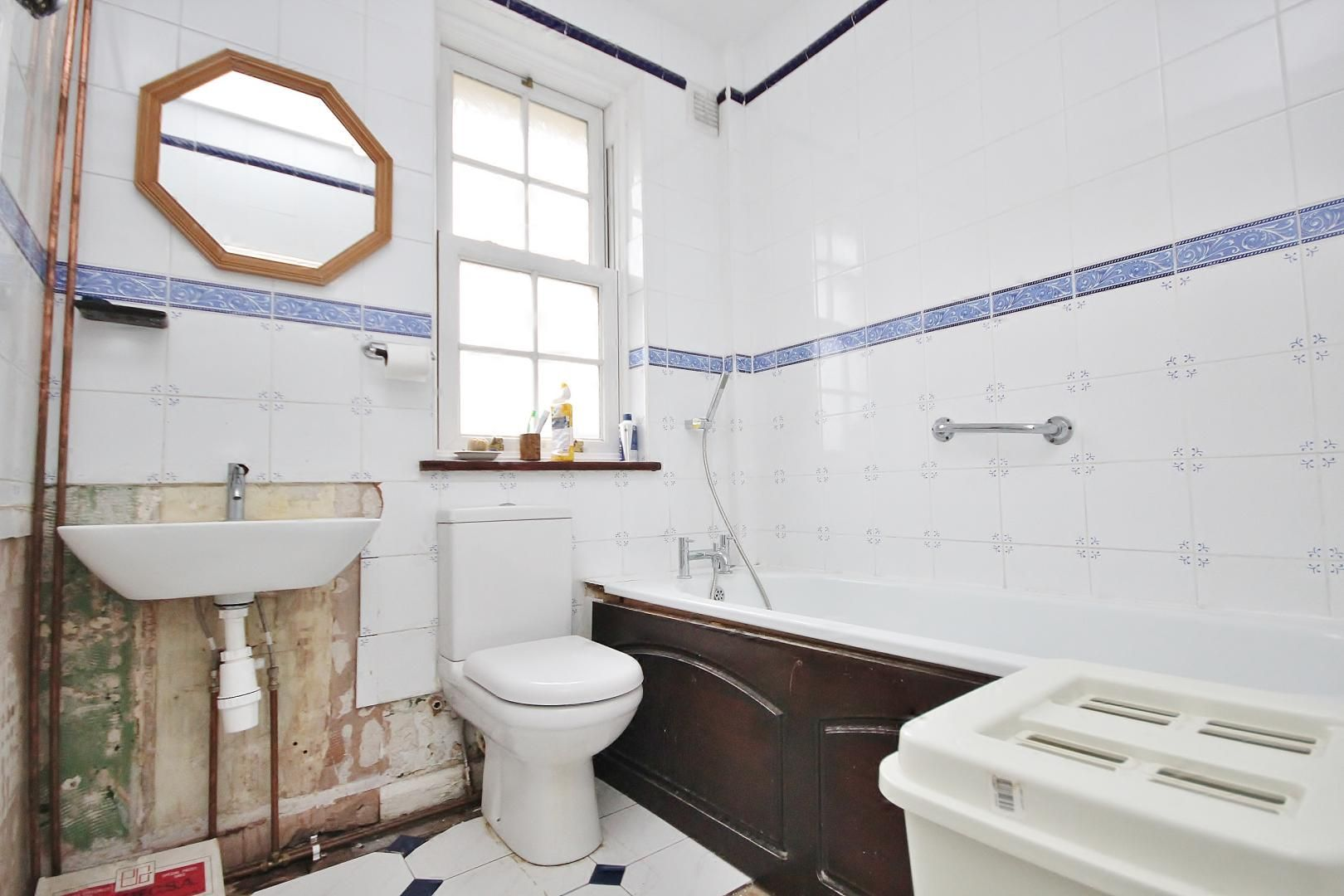 2 bed house for sale in Hesperus Crescent  - Property Image 8