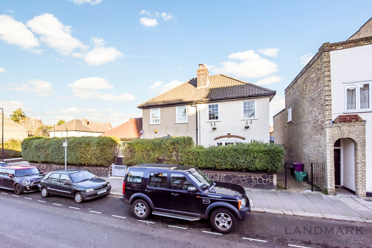 2 bed house for sale in East Ferry Road - Property Image 1