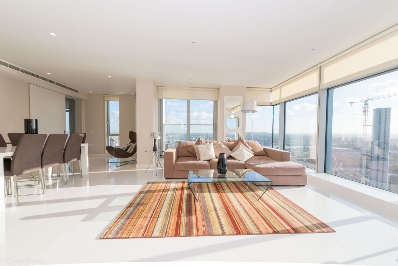3 bed flat to rent in Pan Peninsula Square  - Property Image 8