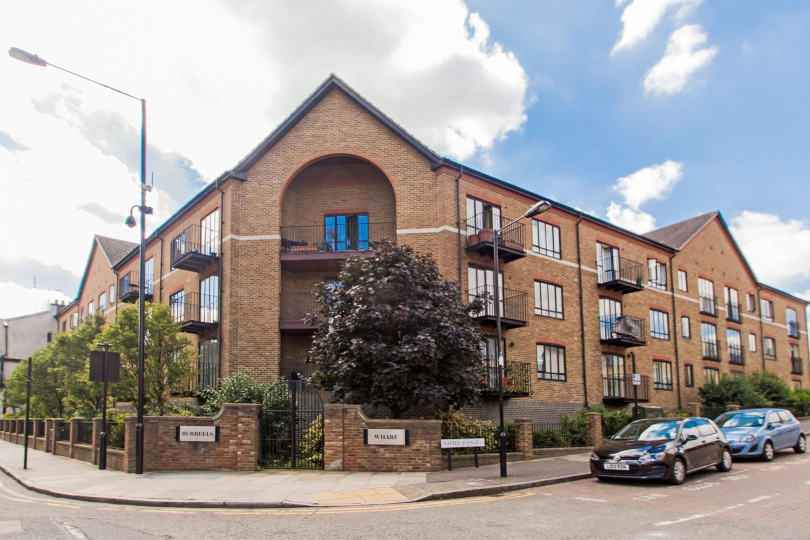 1 bed flat for sale in Brunel House, E14