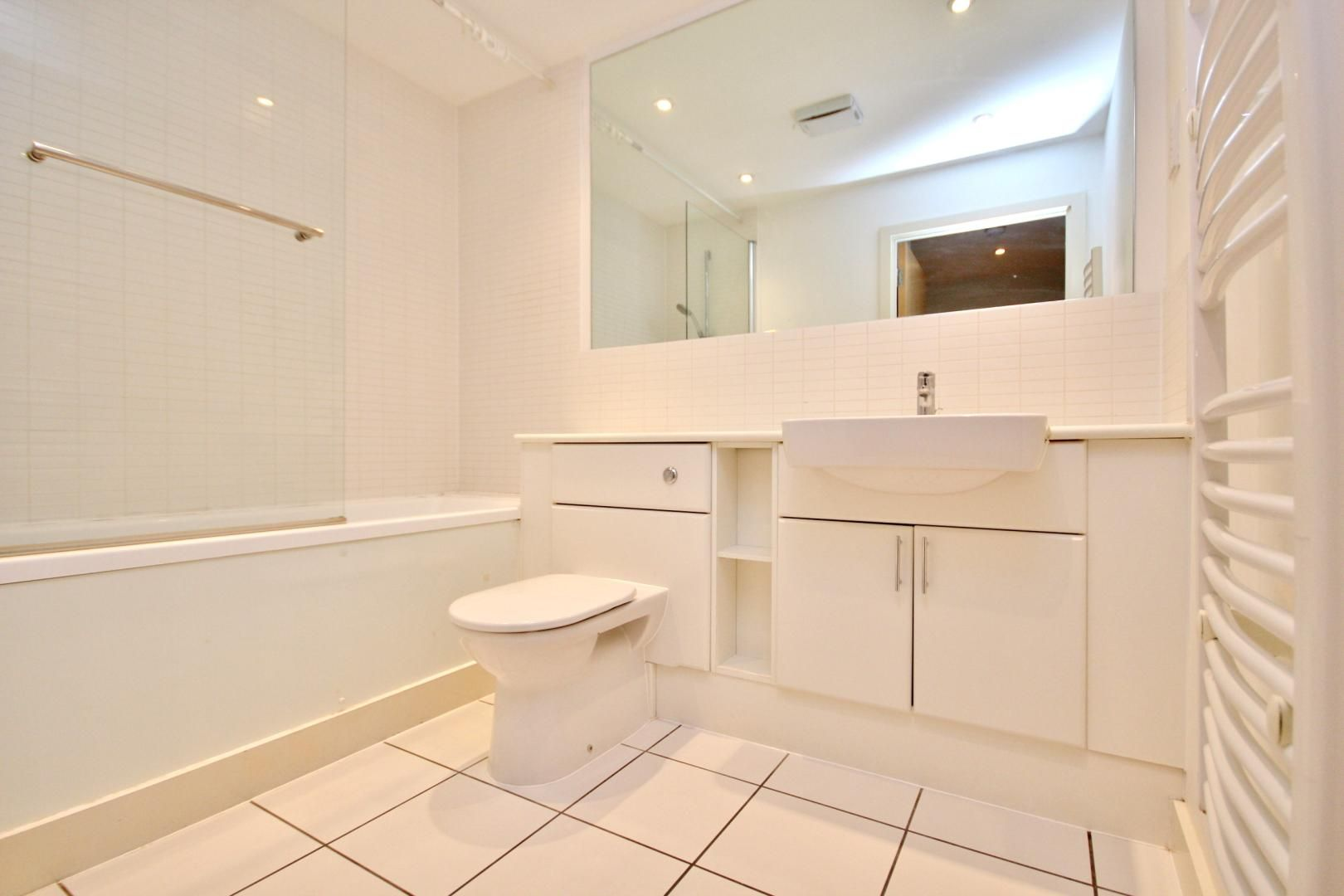 1 bed flat for sale in Fathom Court  - Property Image 4
