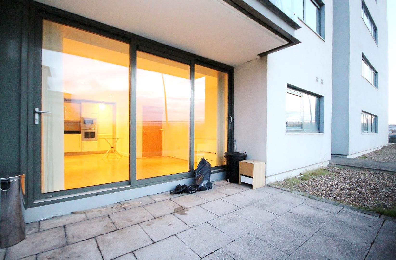 1 bed flat for sale in Fathom Court  - Property Image 5