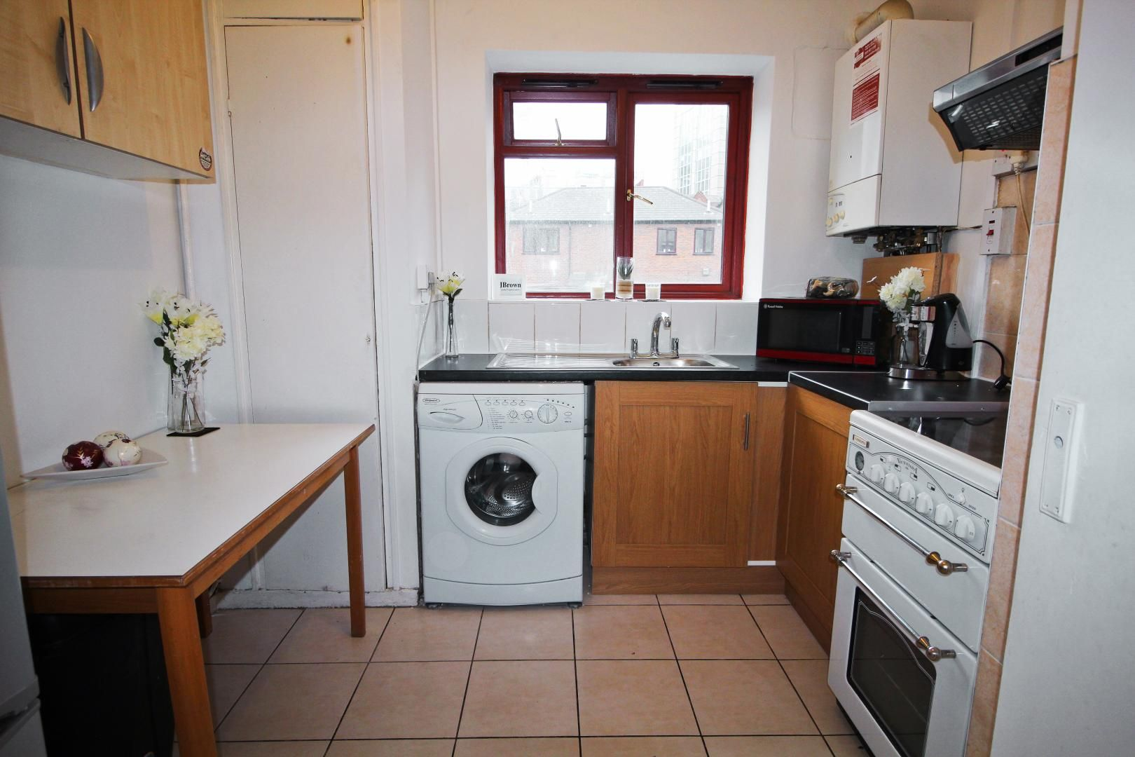 2 bed flat to rent in Wentworth Dwellings  - Property Image 6