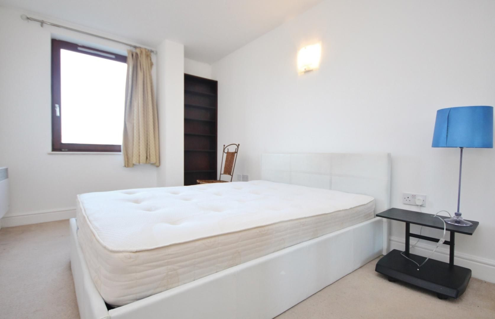2 bed flat to rent in Naylor Building East  - Property Image 4