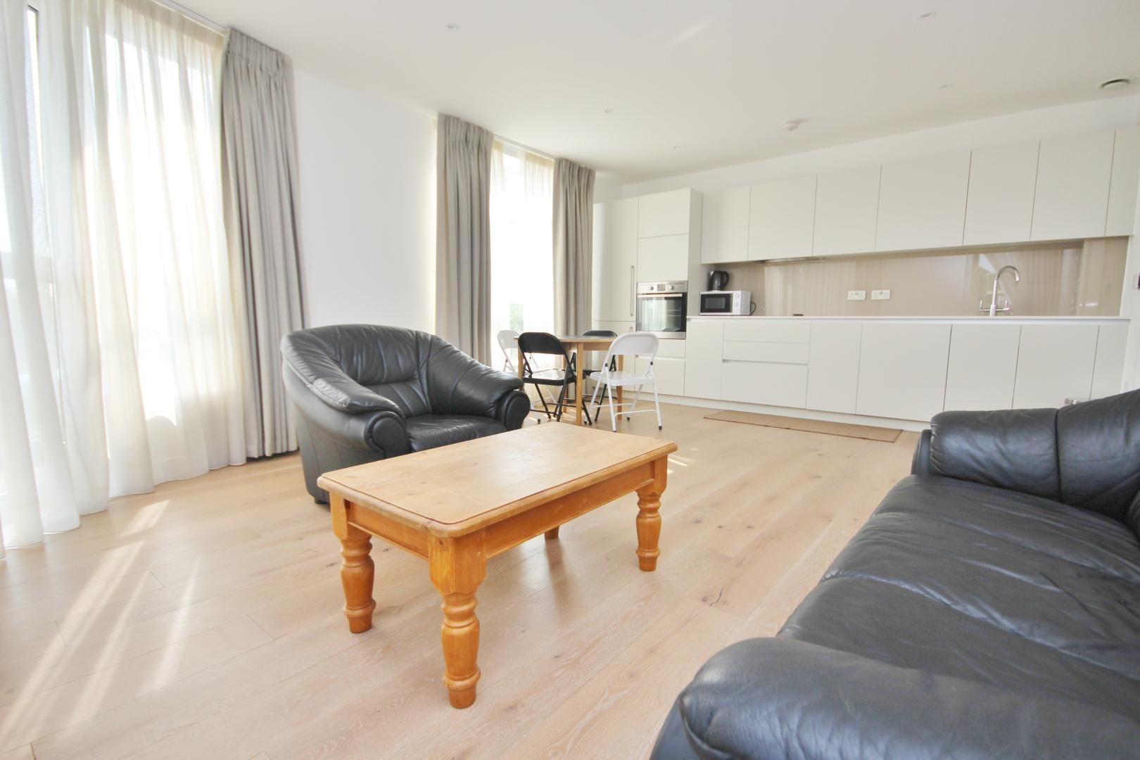2 bed flat to rent in Ottley Drive  - Property Image 2