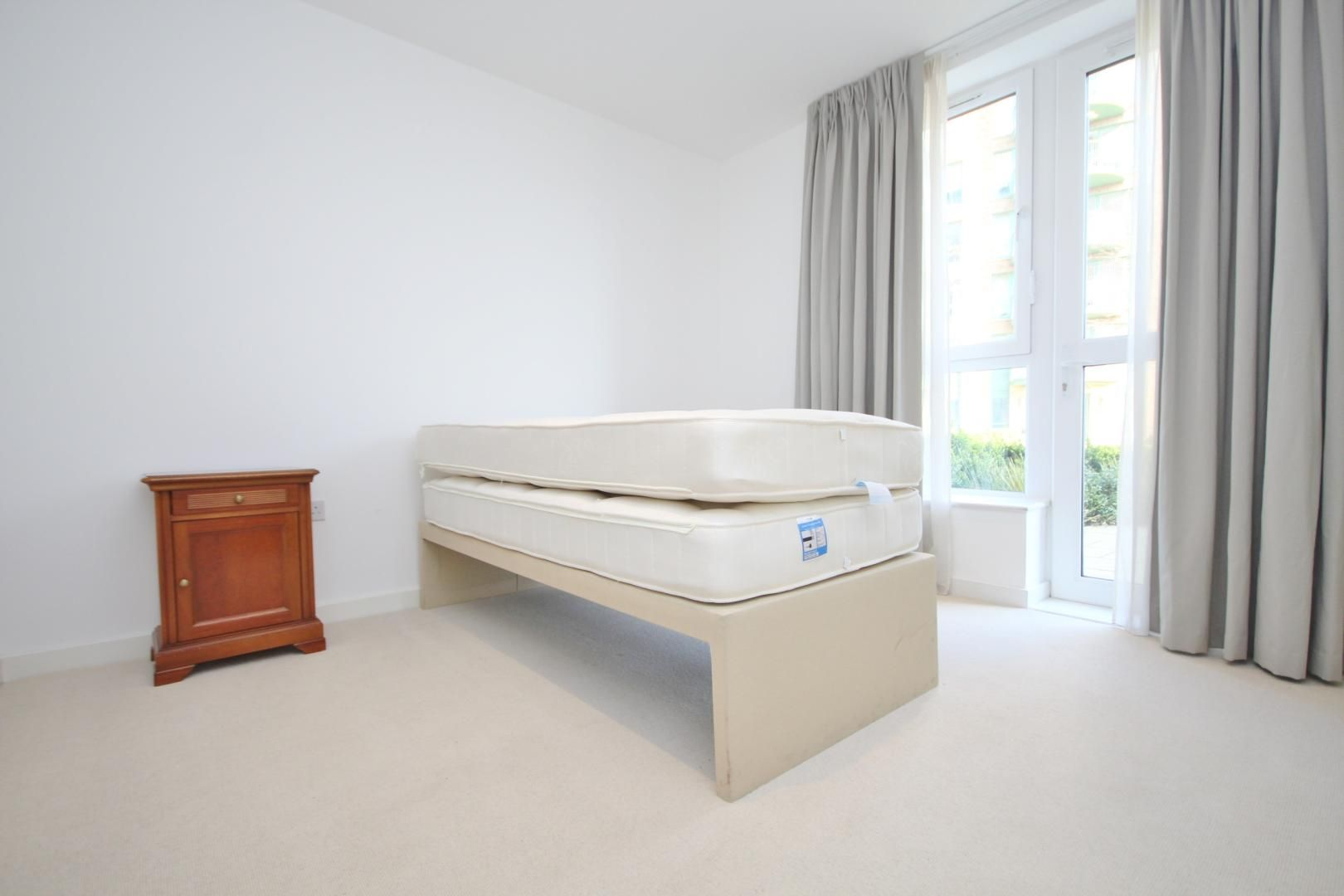 2 bed flat to rent in Ottley Drive  - Property Image 4