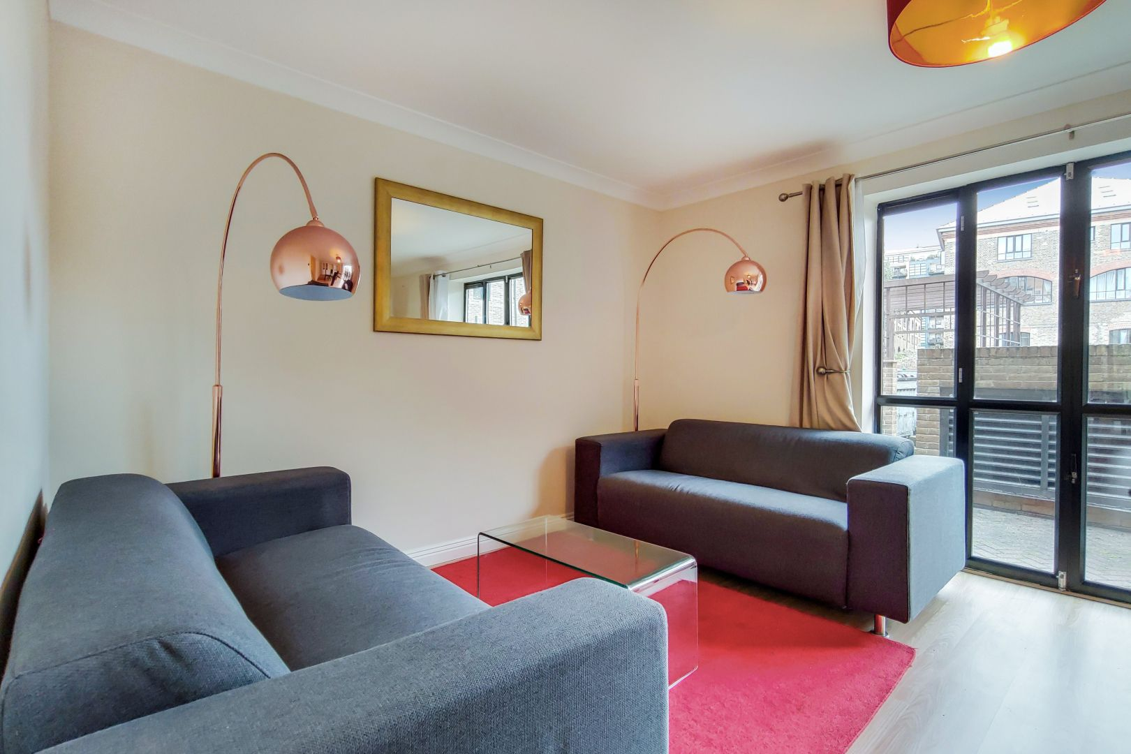2 bed flat for sale in Brunel House  - Property Image 2