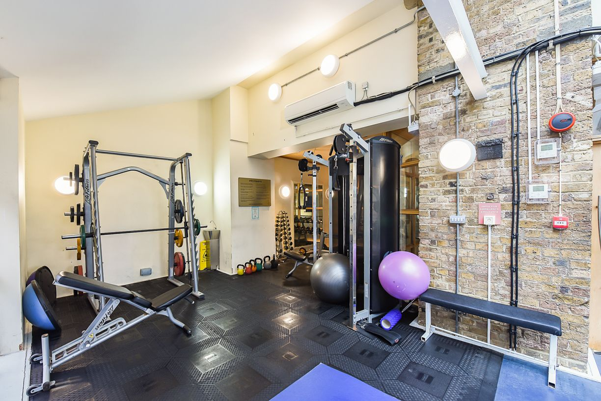2 bed flat for sale in Brunel House  - Property Image 12
