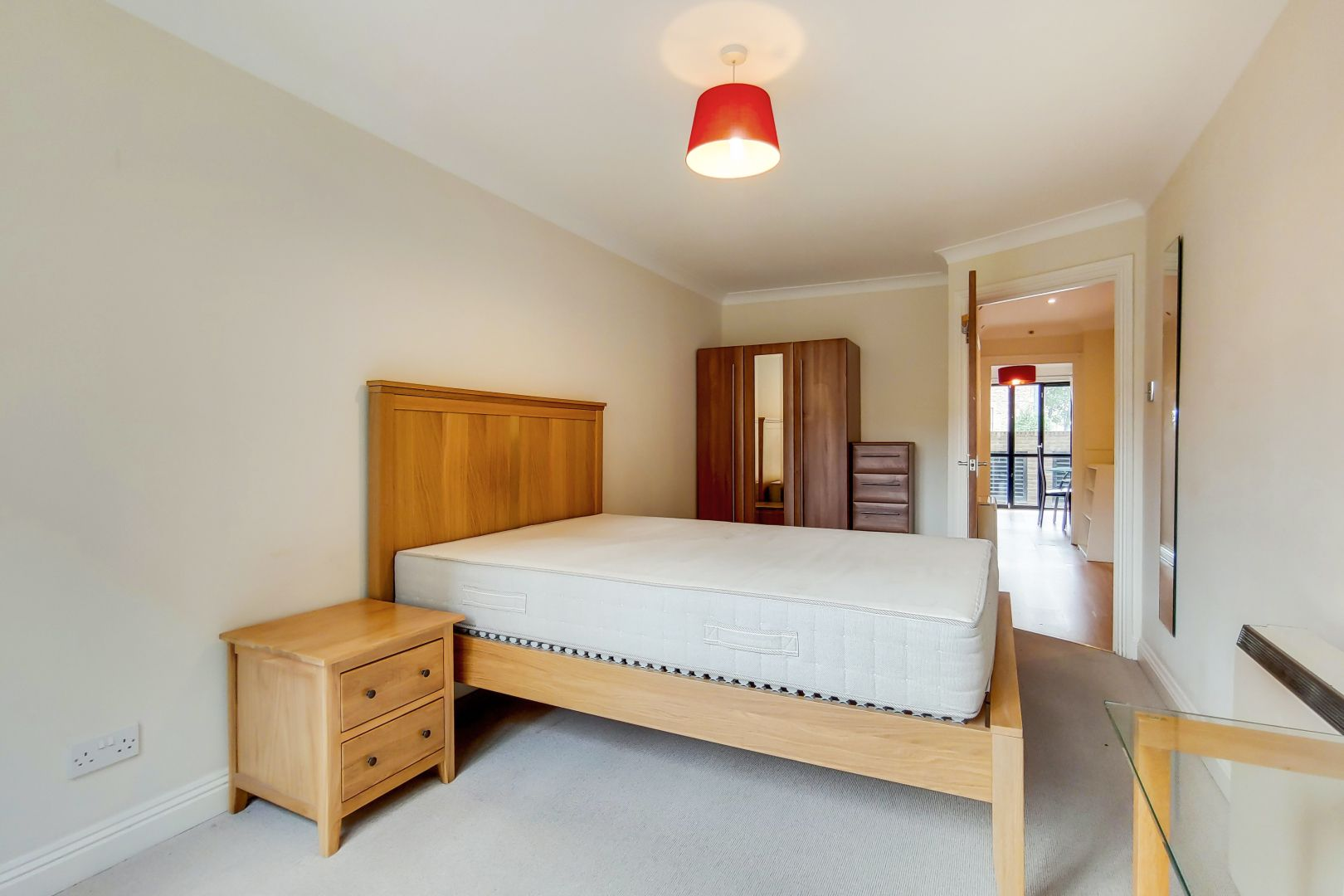 2 bed flat for sale in Brunel House  - Property Image 6