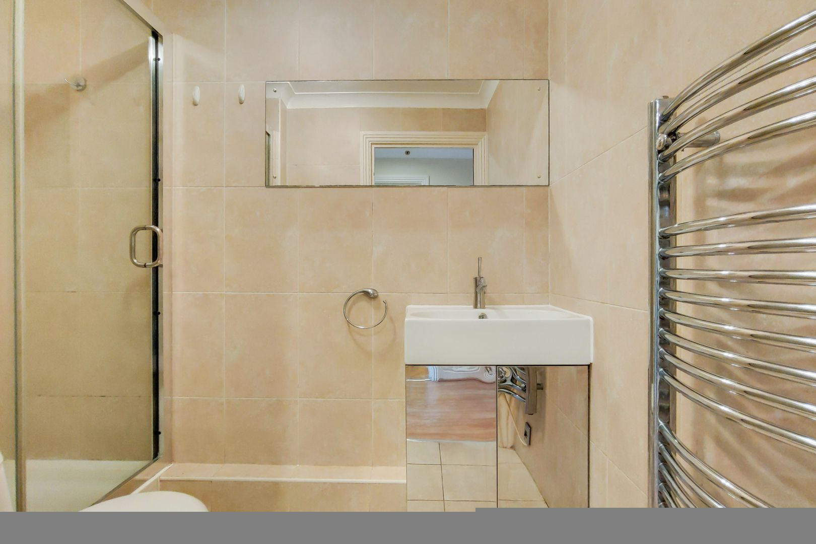 2 bed flat for sale in Brunel House  - Property Image 9