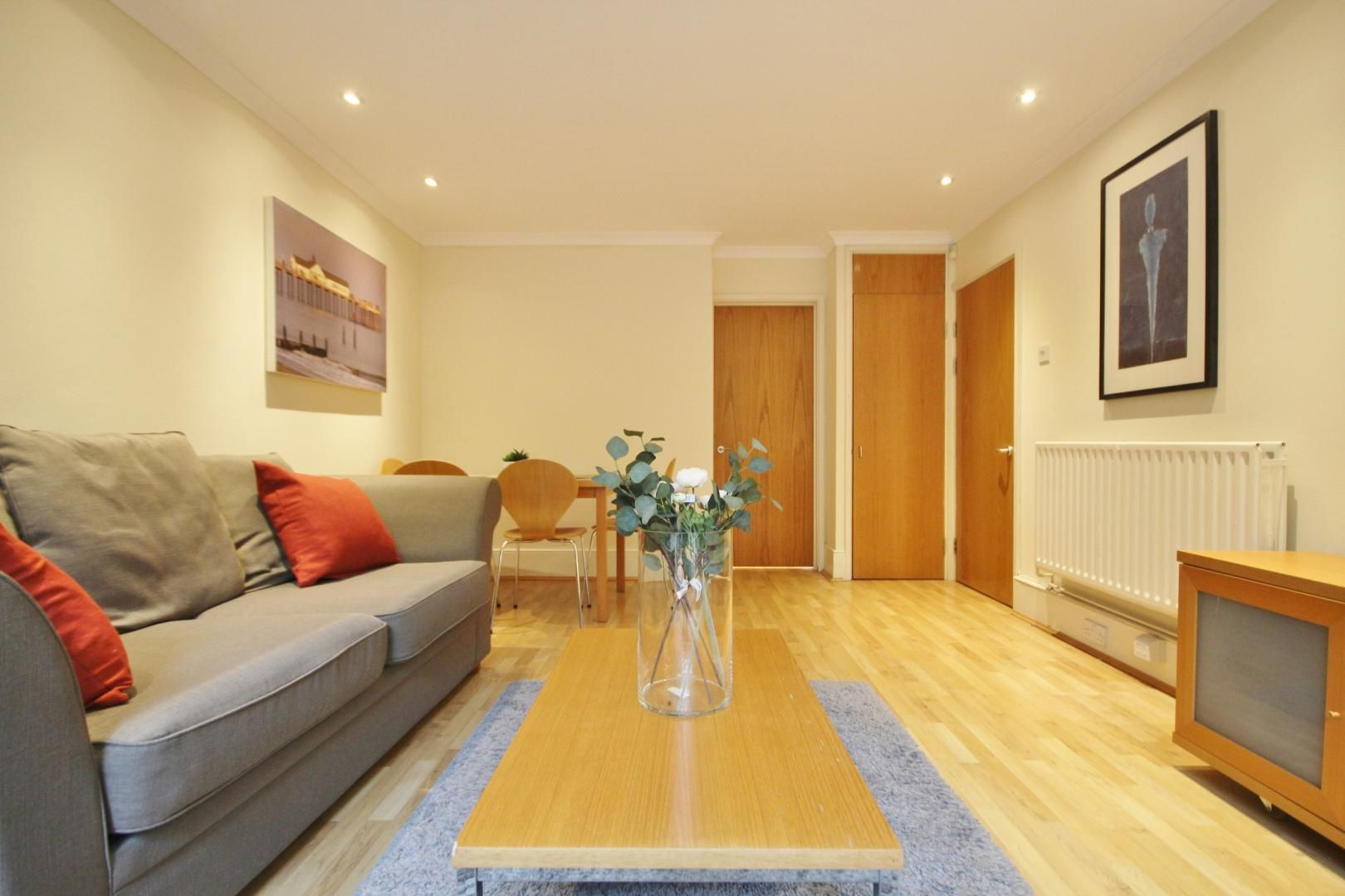 1 bed flat to rent in Barleycorn Way  - Property Image 3