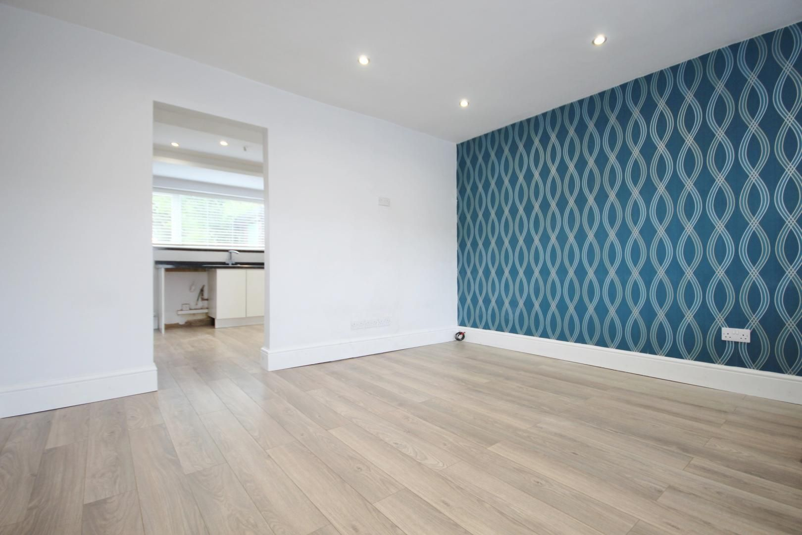 3 bed house to rent in Rosewood Avenue  - Property Image 2