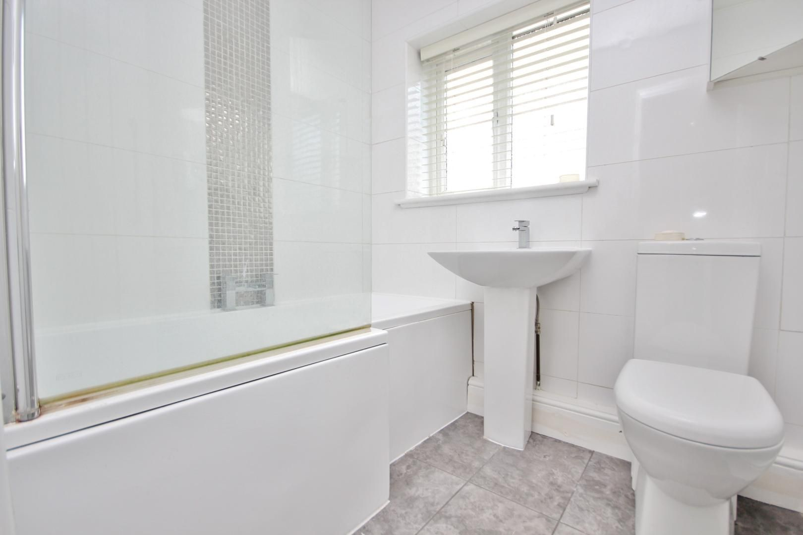 3 bed house to rent in Rosewood Avenue  - Property Image 5