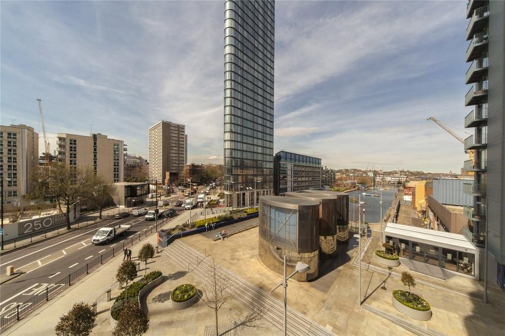 2 bed flat to rent in Canaletto Tower - Property Image 1