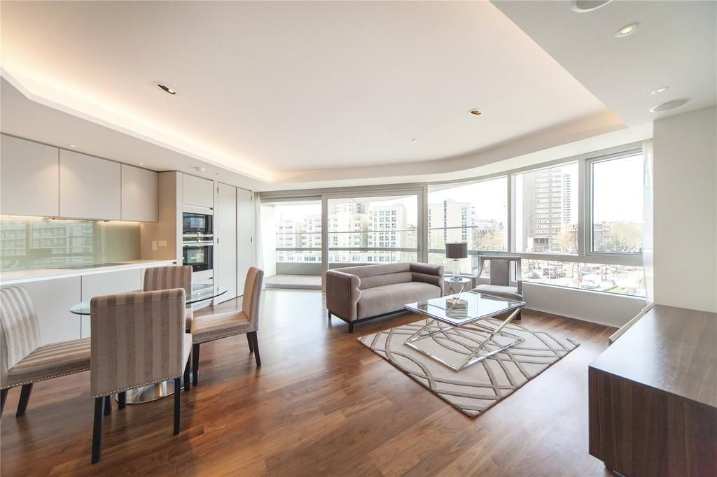 2 bed flat to rent in Canaletto Tower  - Property Image 2