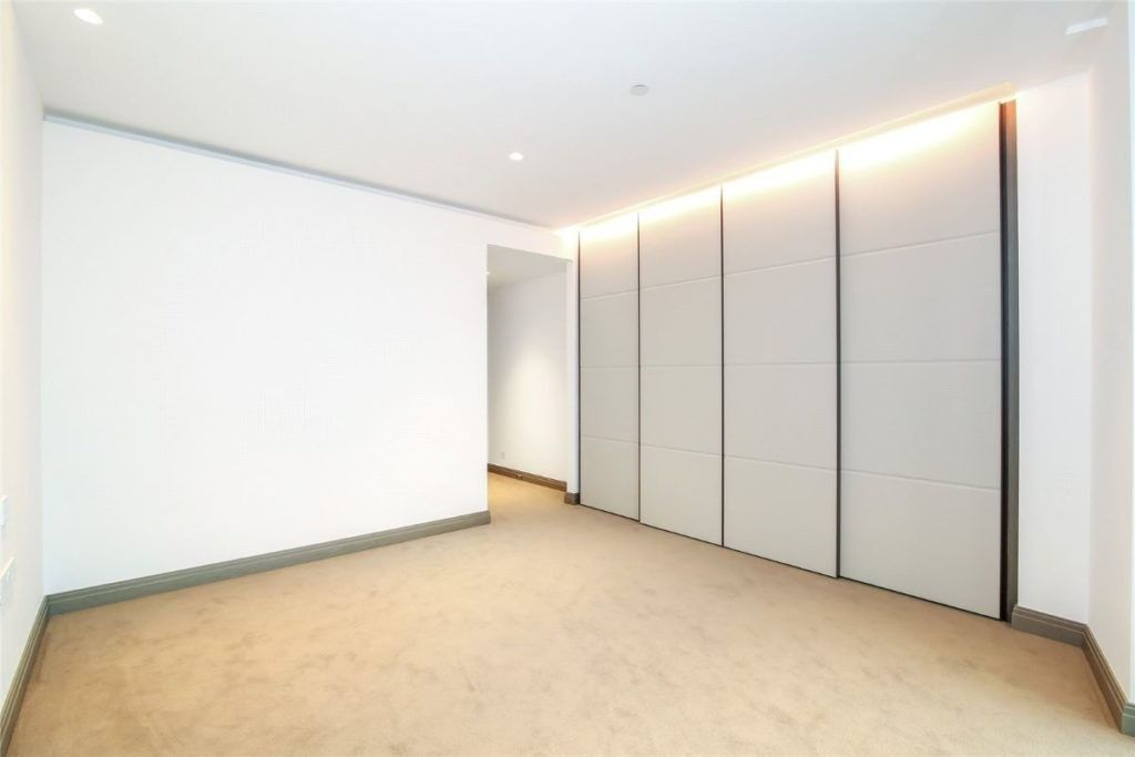 2 bed flat to rent in 1 Blackfriars Road  - Property Image 2
