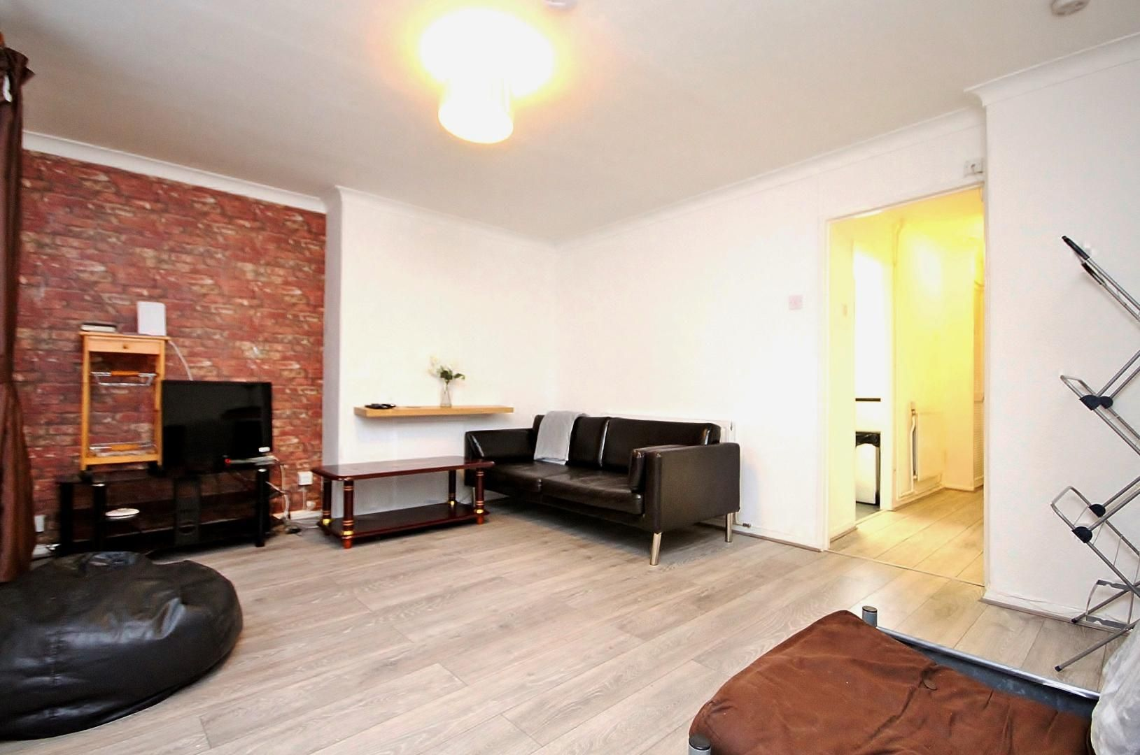 3 bed flat to rent in Three Colt Street, E14
