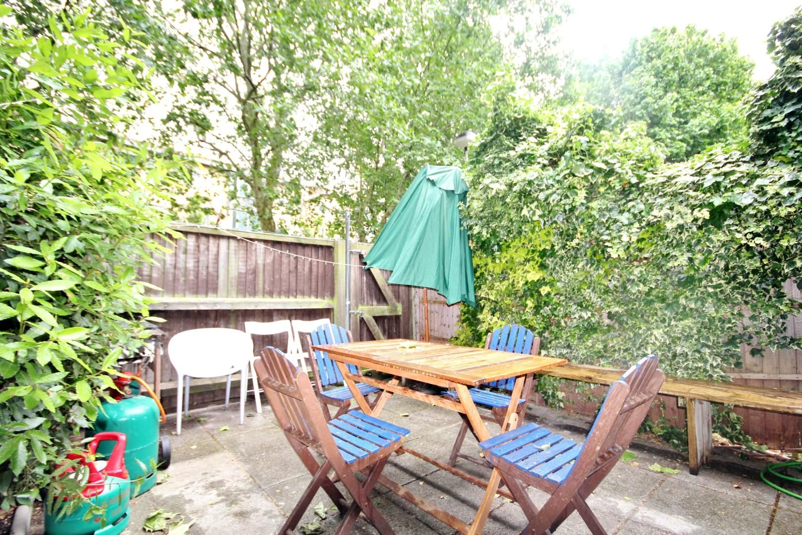 4 bed house to rent in Monthope Road, E1