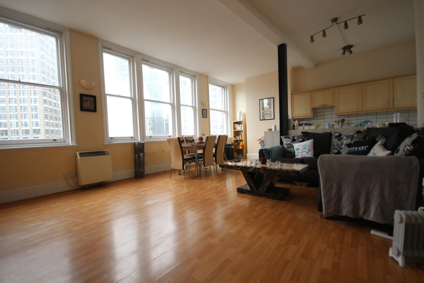 2 bed flat to rent in Whitechapel High Street  - Property Image 6