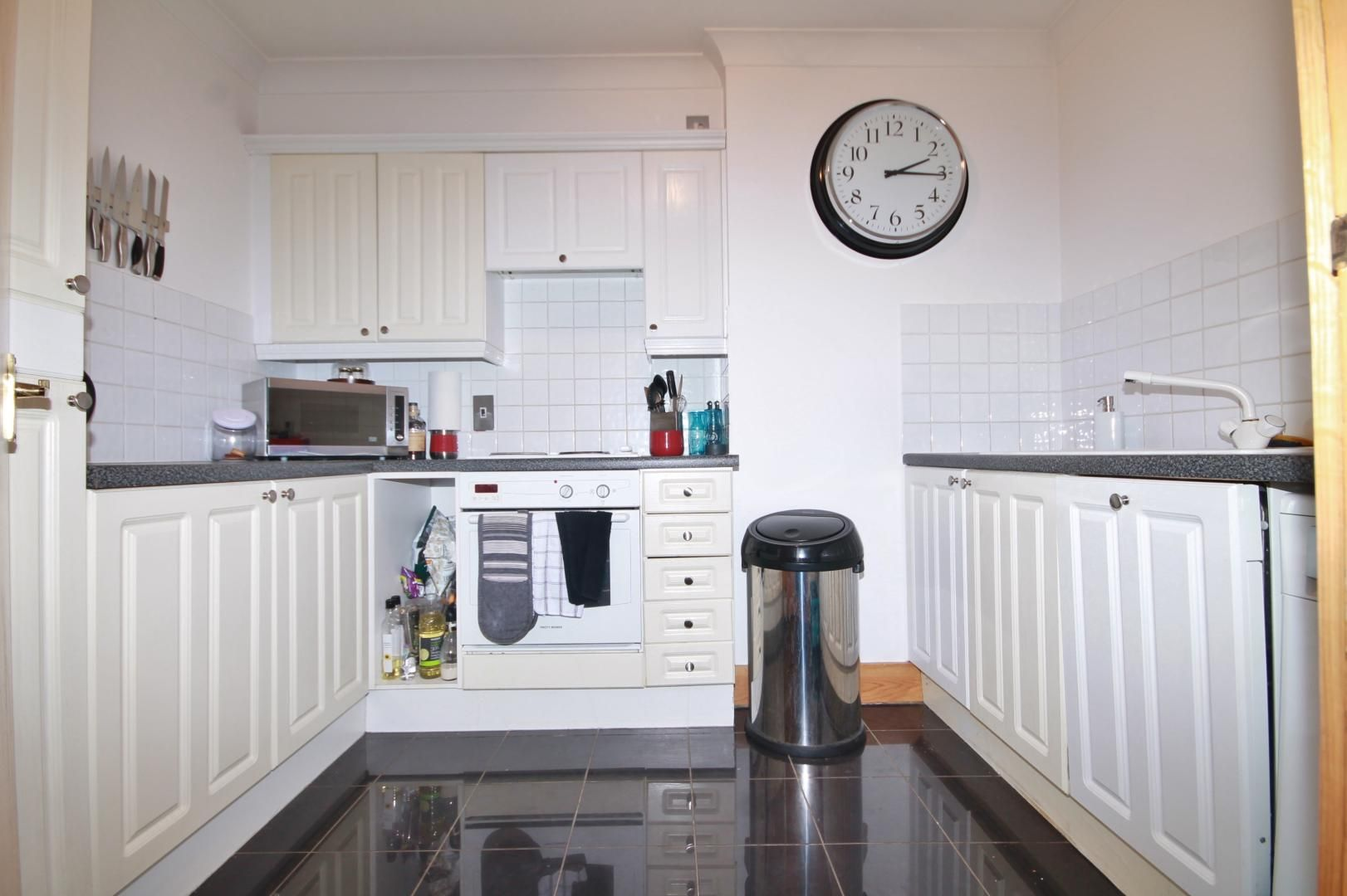 1 bed flat to rent in Plate House  - Property Image 3