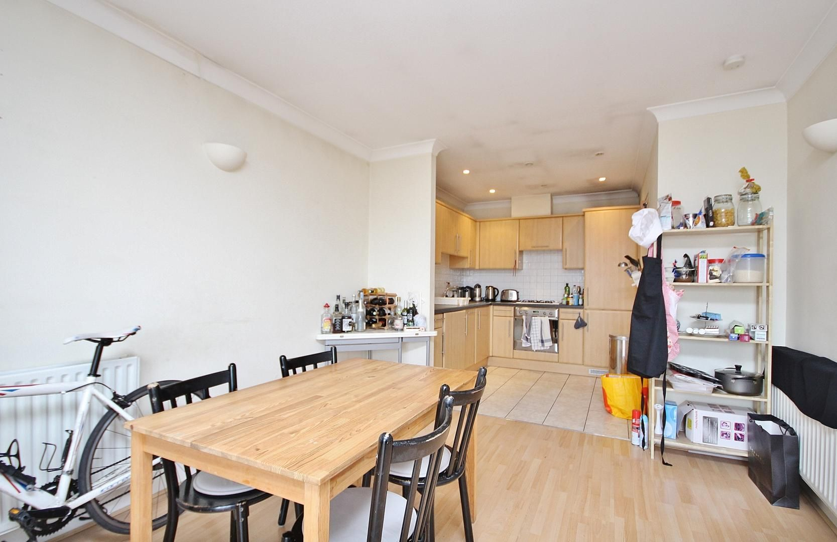 1 bed flat to rent in Deen Court  - Property Image 2