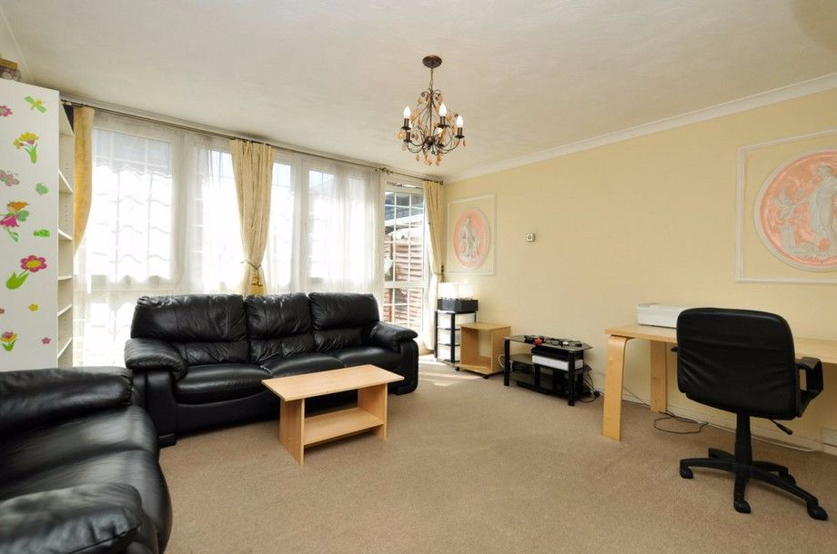 3 bed flat to rent in Bird In Bush Road  - Property Image 7