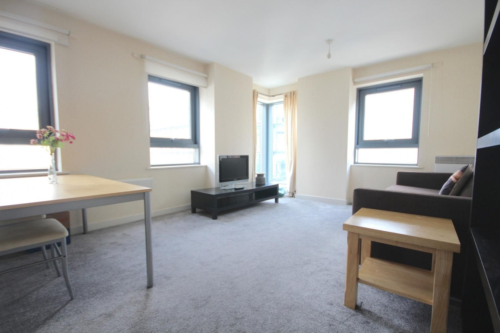 1 bed flat to rent in Cam Road, E15