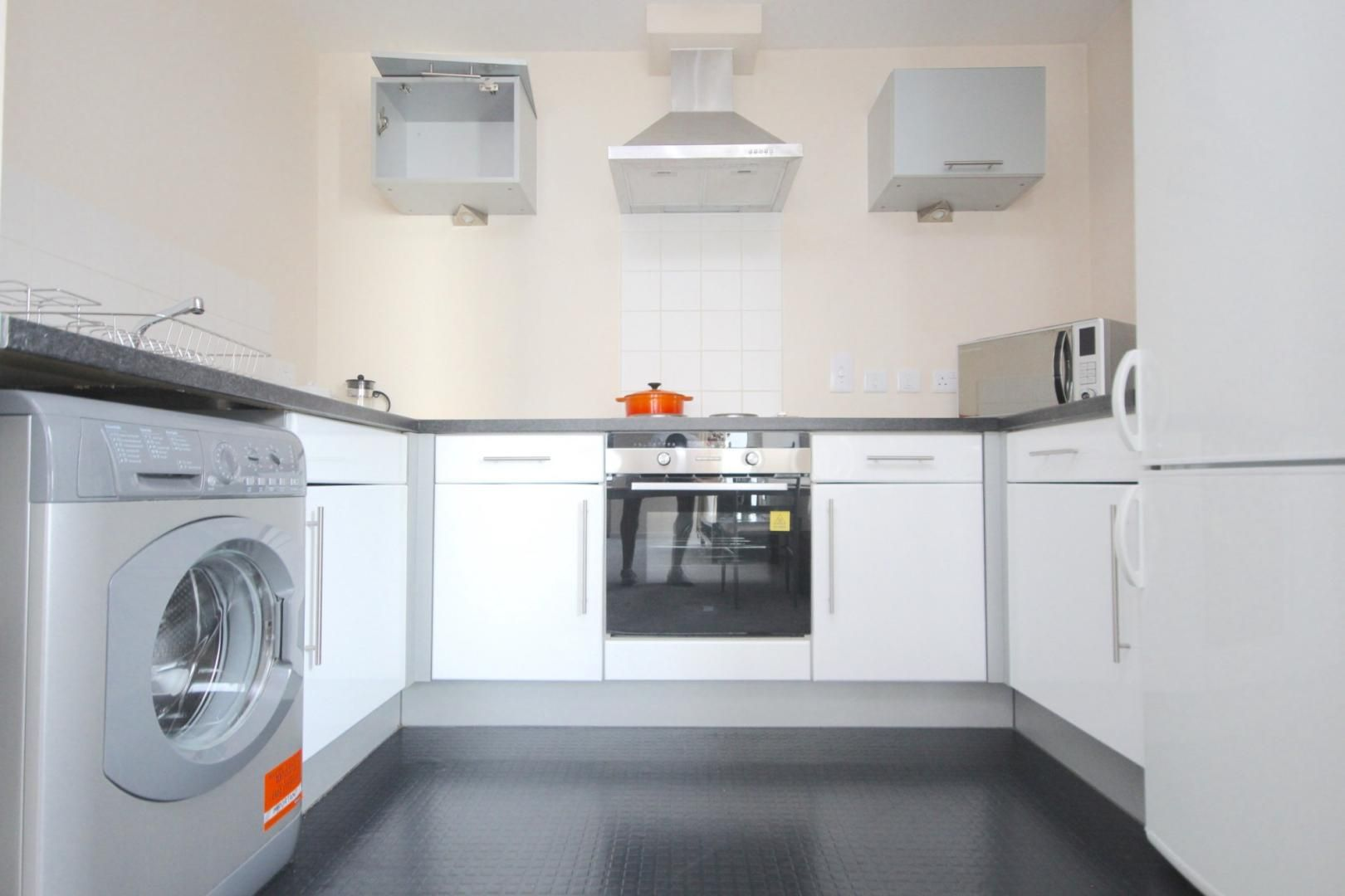 1 bed flat to rent in Cam Road  - Property Image 3