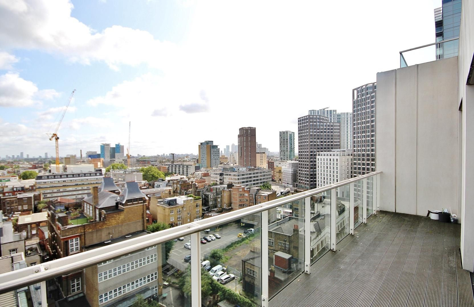 2 bed flat to rent in Kensington Apartments  - Property Image 5