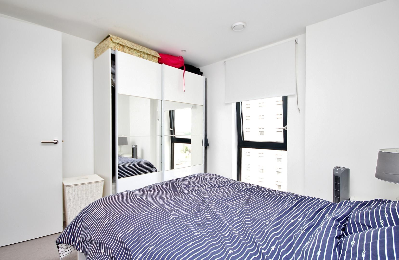 2 bed flat to rent in Kensington Apartments  - Property Image 8
