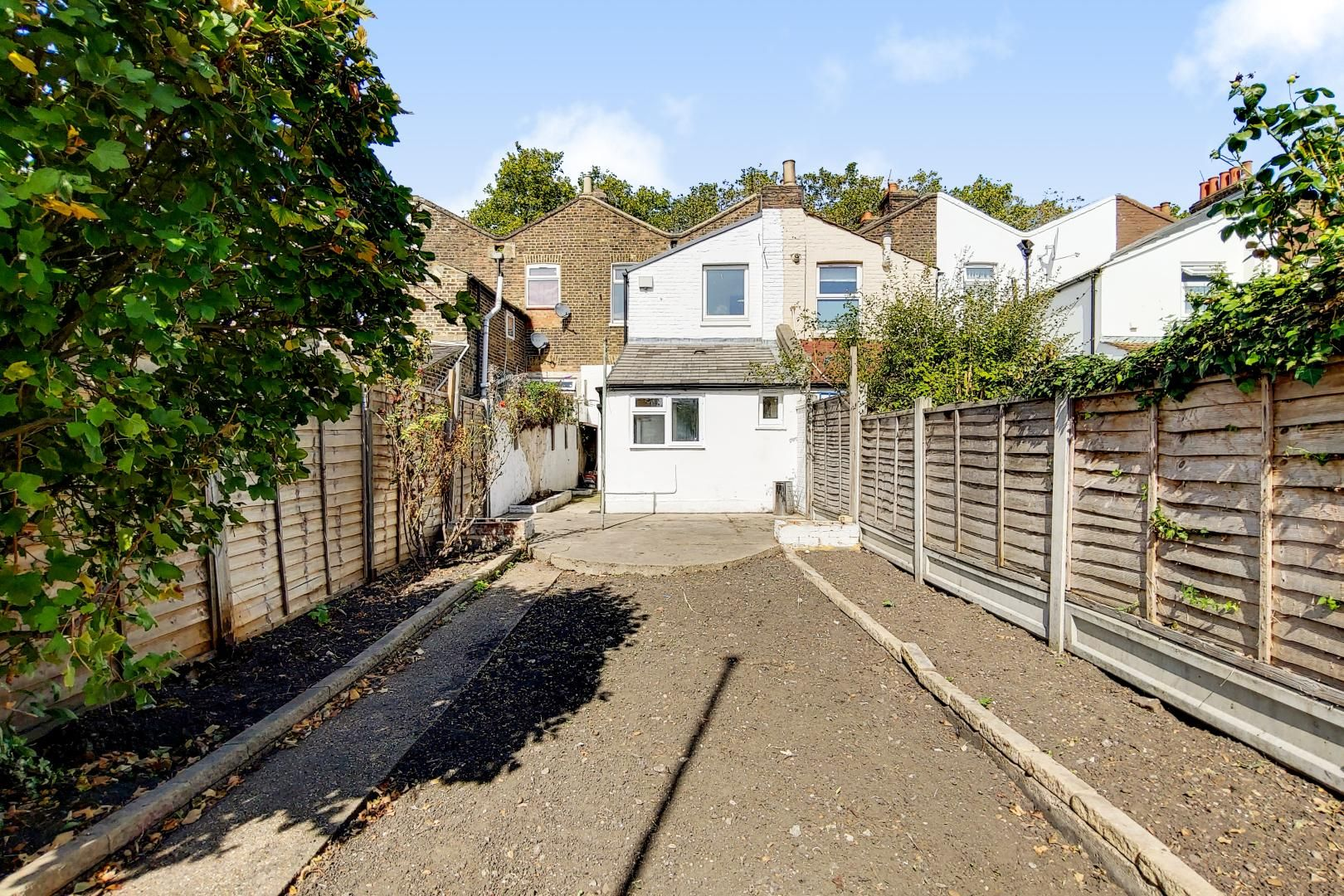 4 bed house to rent in Portway  - Property Image 10