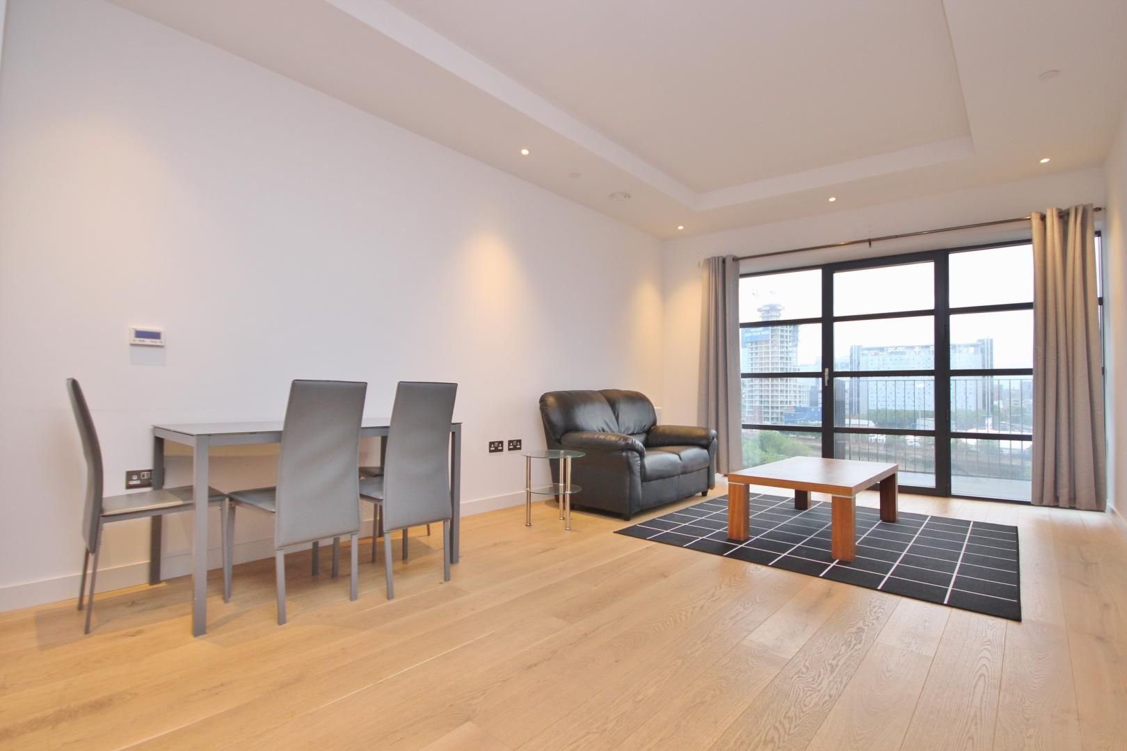 1 bed flat to rent in Amelia House  - Property Image 2