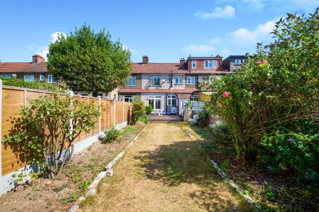3 bed house for sale in Roy Gardens  - Property Image 12