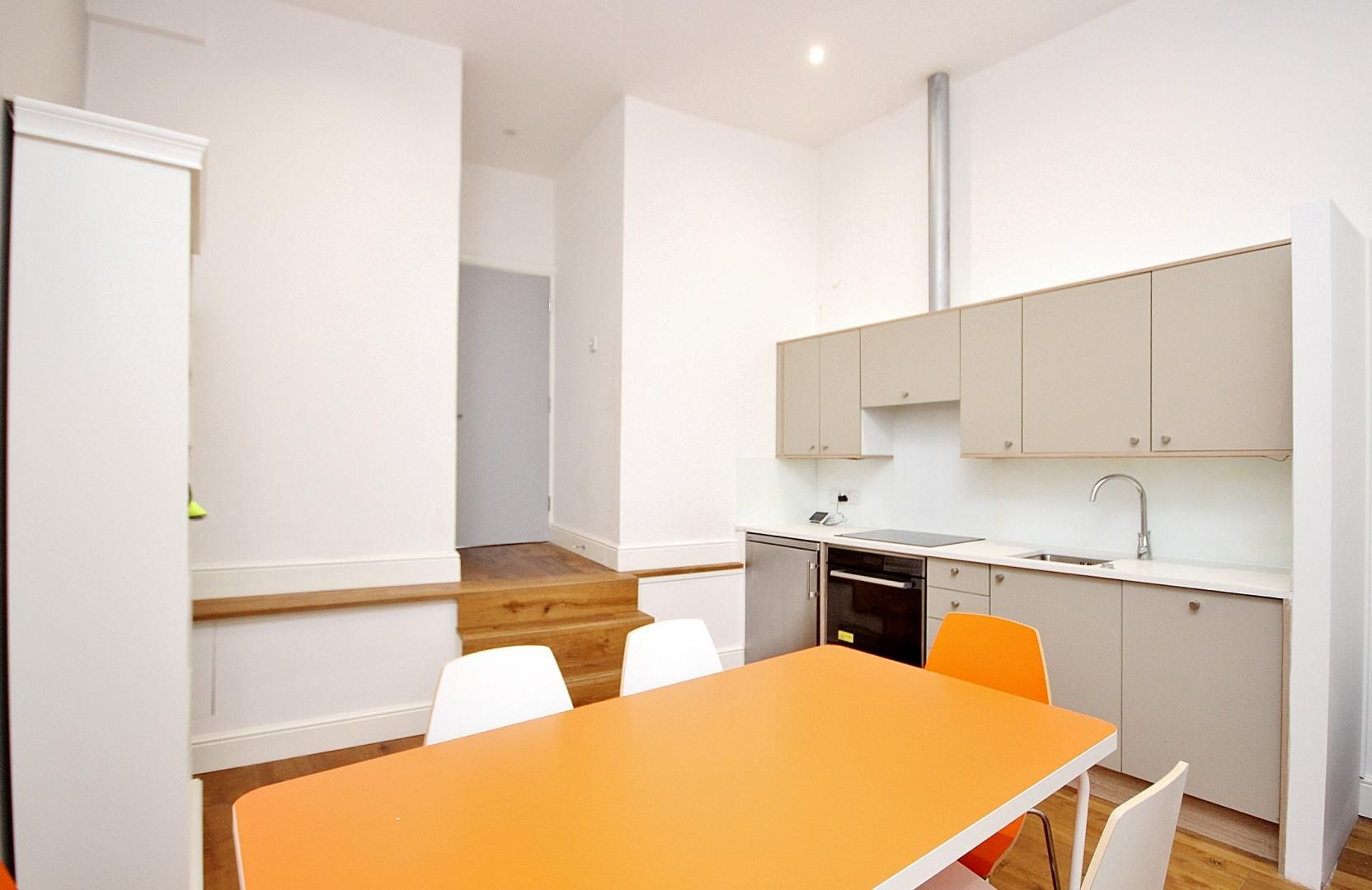 1 bed flat to rent in Broadway Market  - Property Image 2
