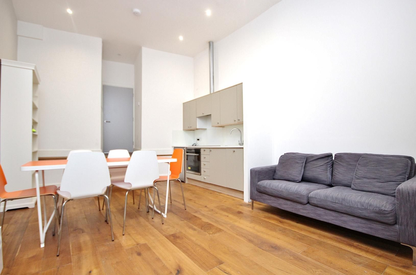 1 bed flat to rent in Broadway Market  - Property Image 4