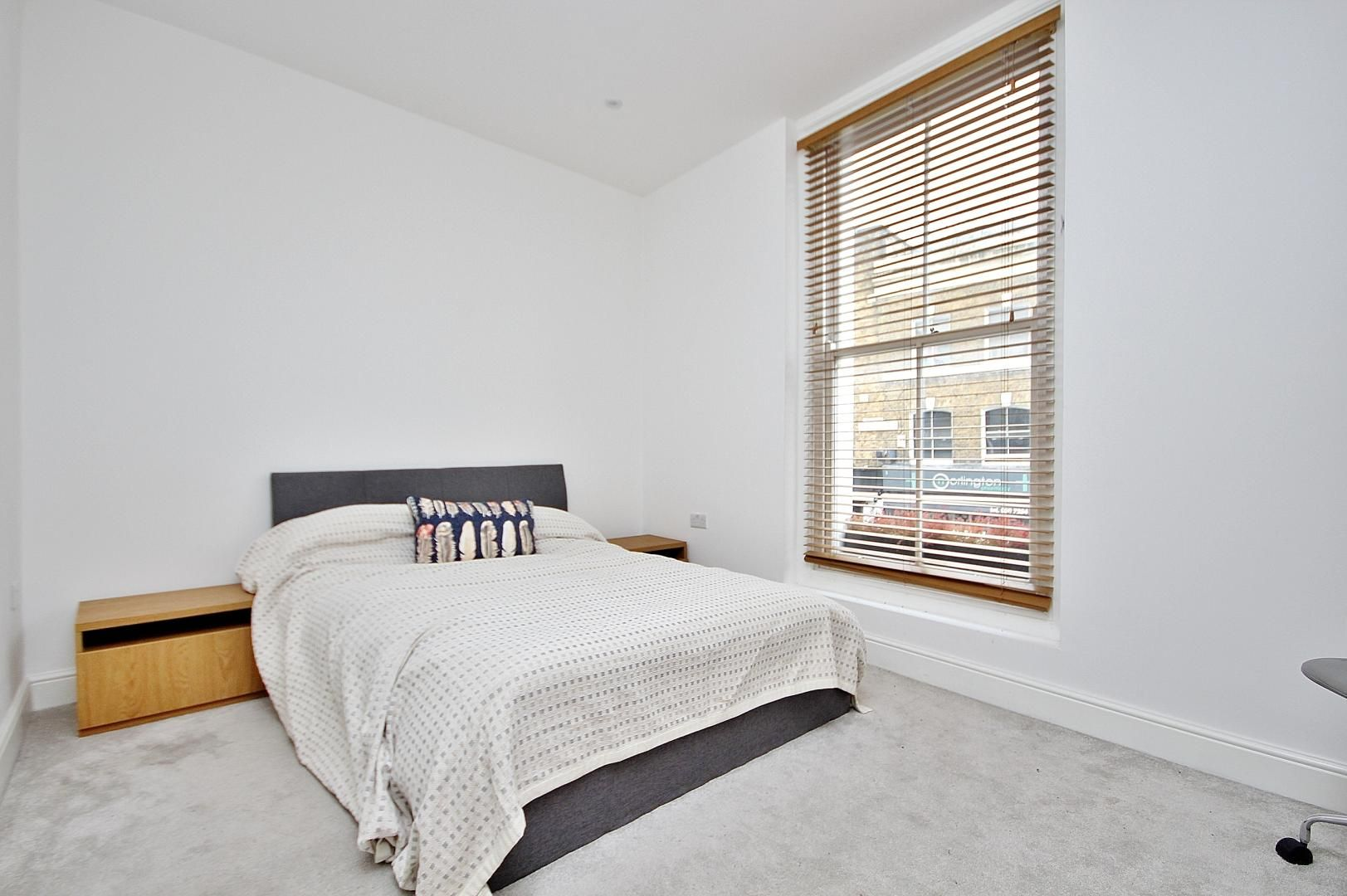 1 bed flat to rent in Broadway Market  - Property Image 6