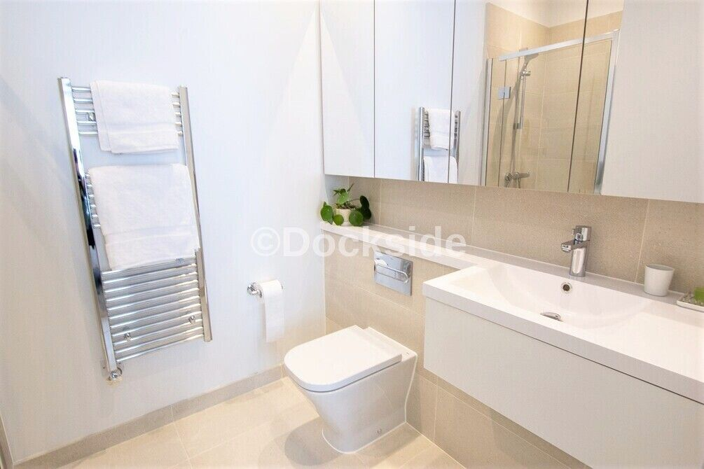 3 bed house for sale in Dock Road  - Property Image 7