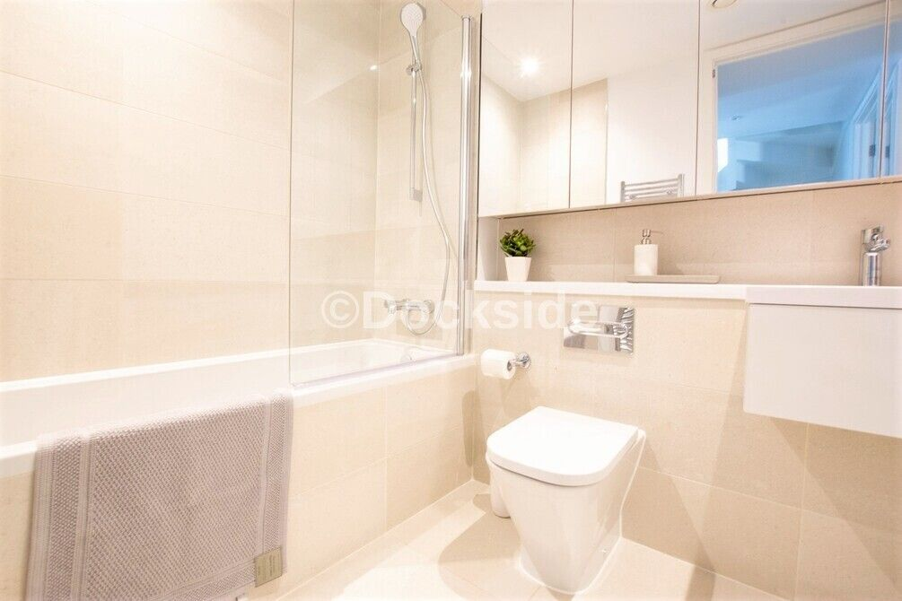 3 bed house for sale in Dock Road  - Property Image 8