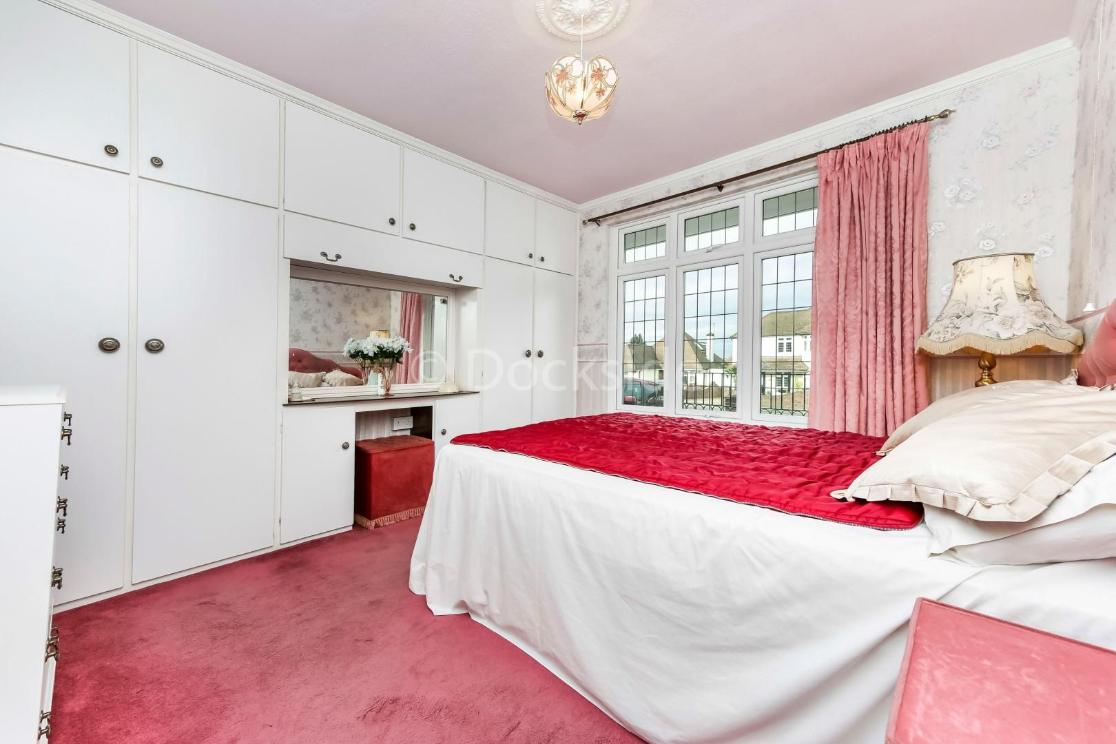 4 bed house for sale in Brompton Farm Road  - Property Image 8
