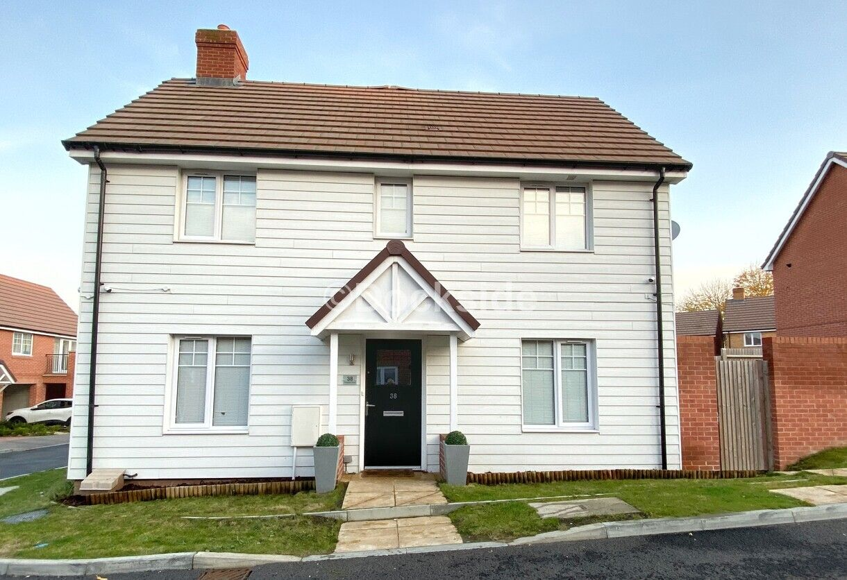 3 bed house for sale in Templars Drive, ME2
