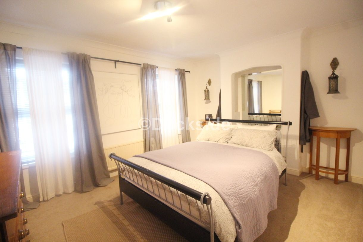 2 bed house to rent in Wellington Street  - Property Image 5
