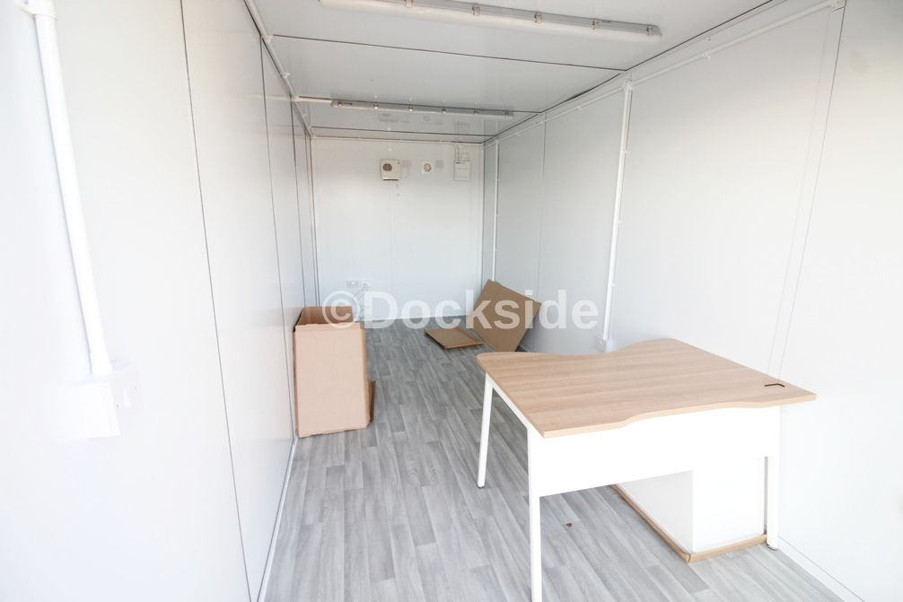 Office to rent in Roman Way 2