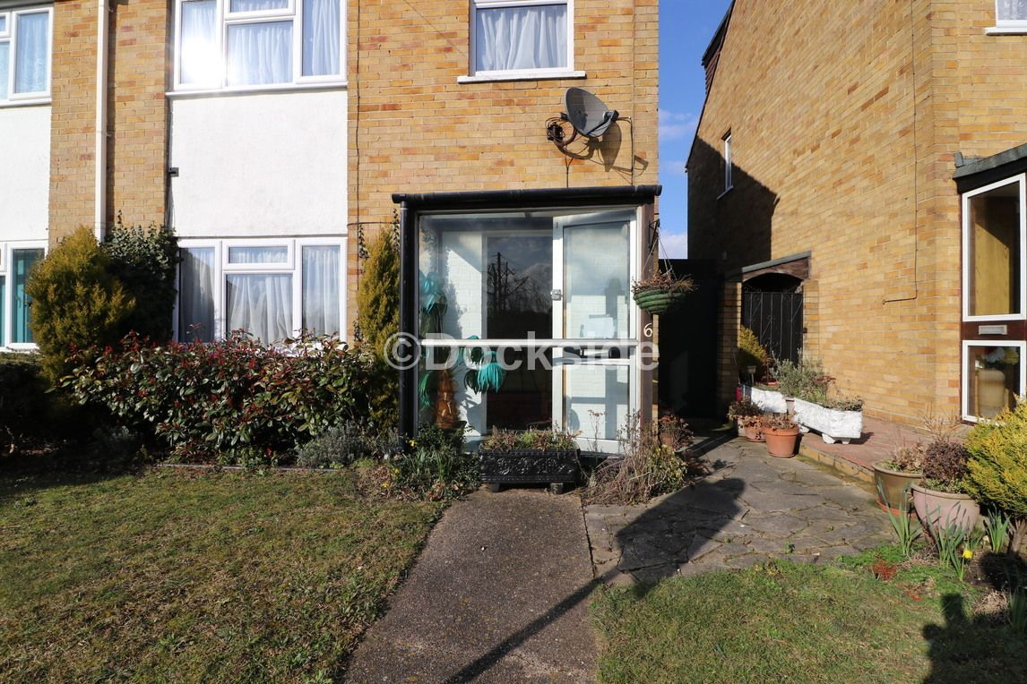 3 bed  to rent in Bedale Walk, DA2