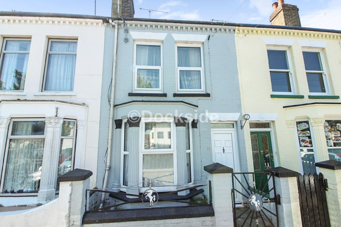 3 bed house for sale in Cornwall Road  - Property Image 1