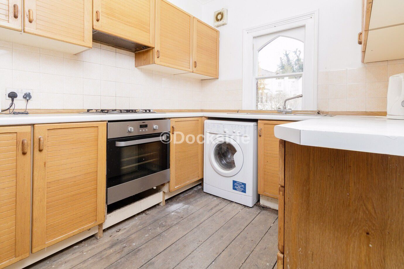 3 bed flat for sale in Windmill Street  - Property Image 4