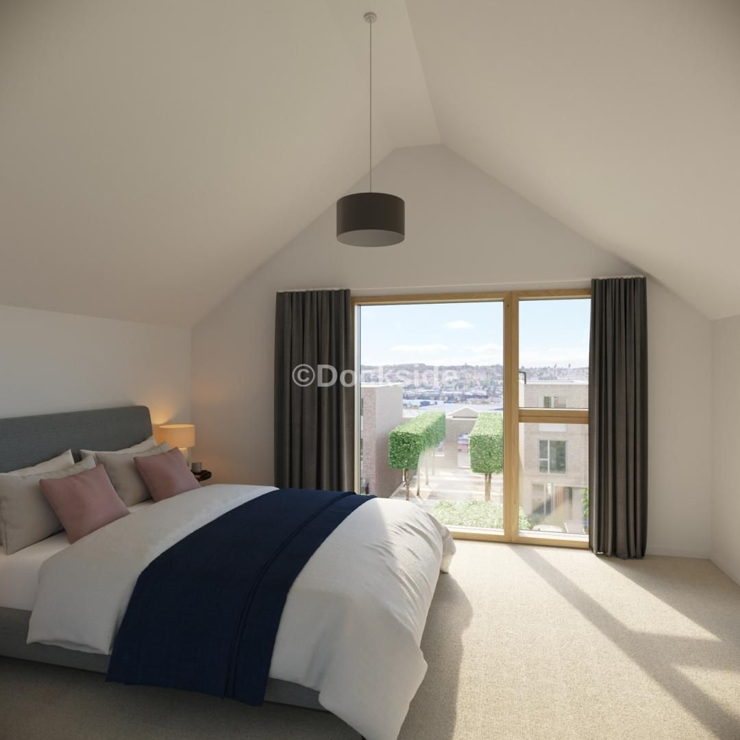 2 bed house for sale in Dock Road, ME4