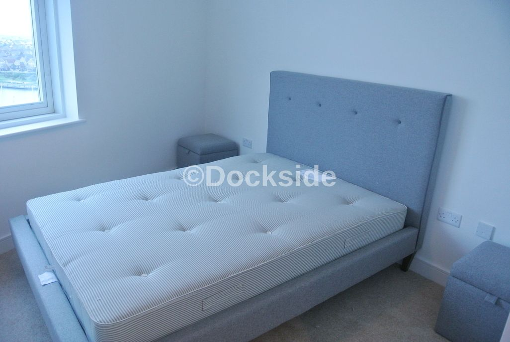 2 bed flat for sale in Dock Head Road  - Property Image 5