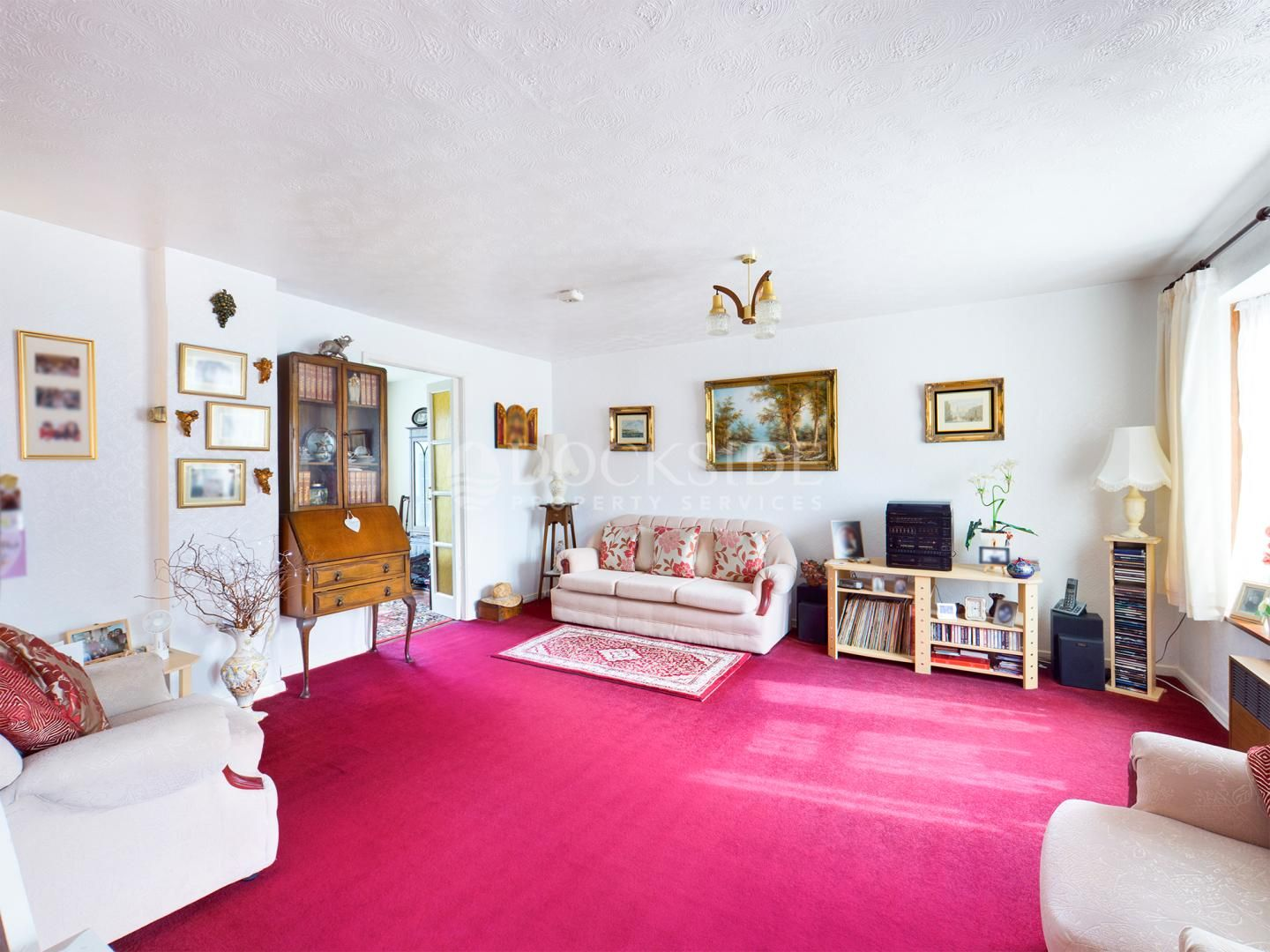4 bed house for sale in Levett Close  - Property Image 3