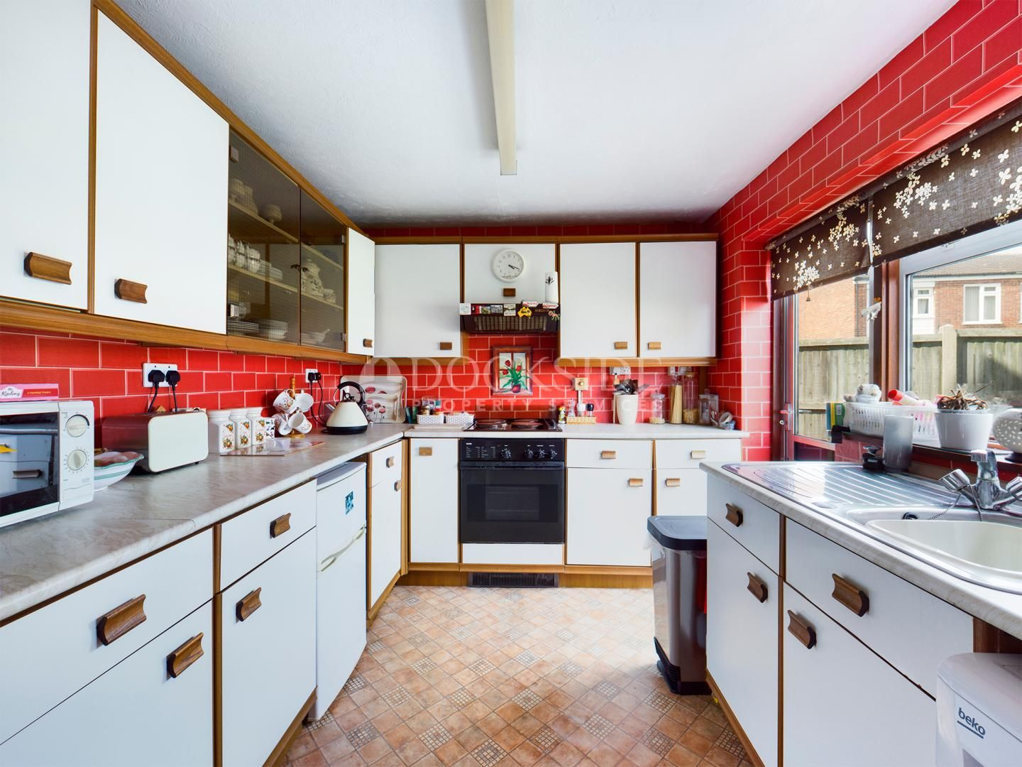 4 bed house for sale in Levett Close  - Property Image 7