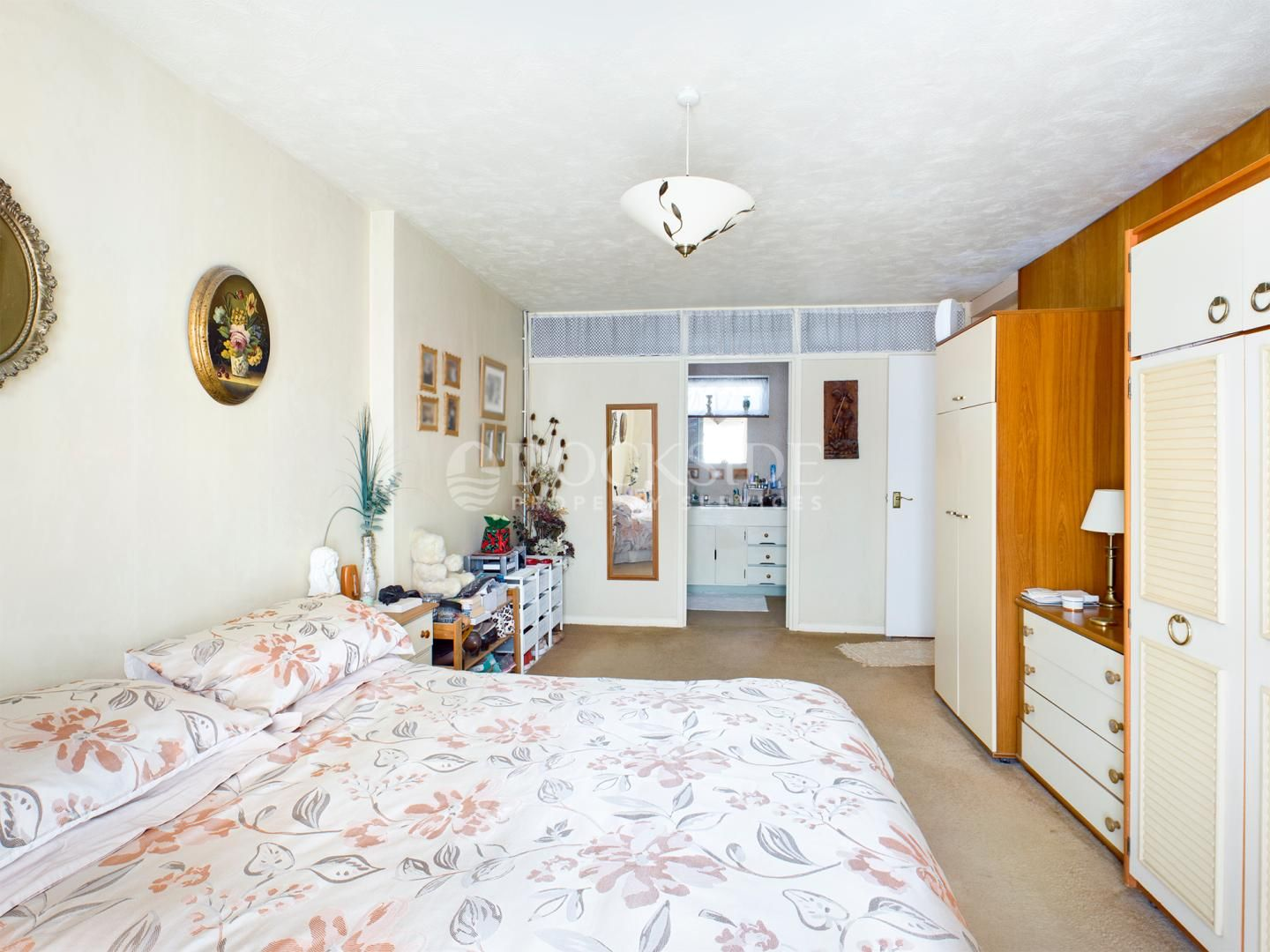 4 bed house for sale in Levett Close  - Property Image 8